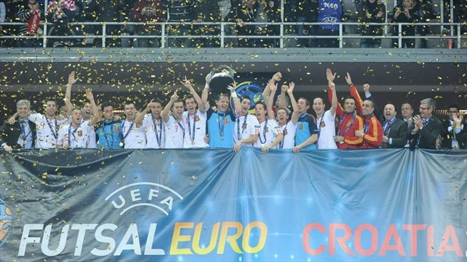 Spain celebrate once more in Croatia