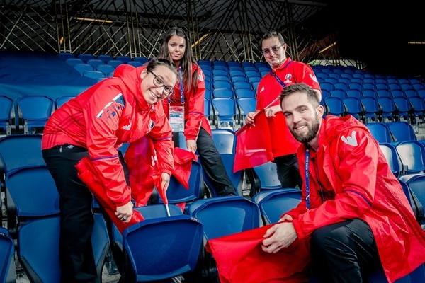 UEFA EURO 2020 - Volunteers - UEFA com