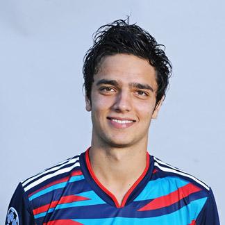 img.uefa.com/imgml/TP/players/1/2011/324x324/1908192.jpg