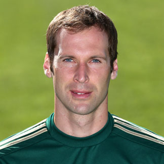 The 35-year old son of father (?) and mother(?), 196 cm tall Petr Cech in 2017 photo