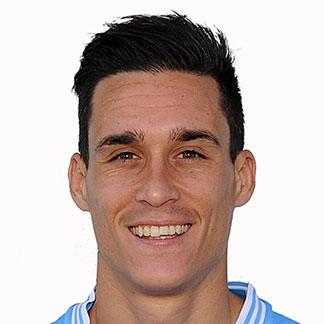 http://img.uefa.com/imgml/TP/players/1/2014/324x324/1905868.jpg