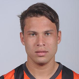 http://img.uefa.com/imgml/TP/players/1/2015/324x324/250045024.jpg