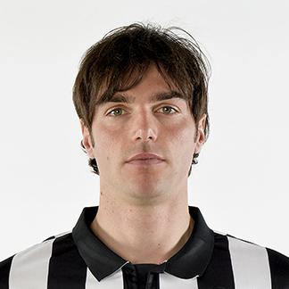 http://img.uefa.com/imgml/TP/players/1/2015/324x324/98400.jpg