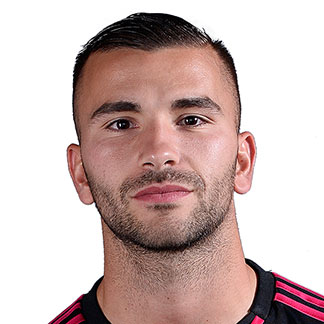 http://img.uefa.com/imgml/TP/players/1/2016/324x324/1901643.jpg