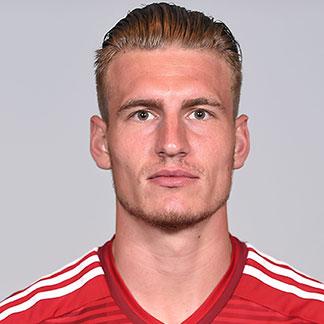 http://img.uefa.com/imgml/TP/players/13/2015/324x324/250041668.jpg