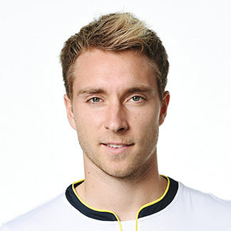 The 25-year old son of father Thomas Eriksen and mother(?), 177 cm tall Christian Eriksen in 2017 photo