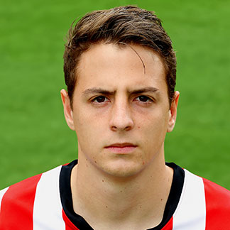Santiago Arias earned a  million dollar salary - leaving the net worth at 8 million in 2017