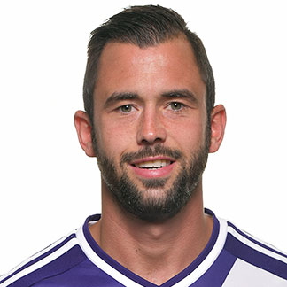 Steven Defour earned a 5 million dollar salary, leaving the net worth at 7 million in 2017