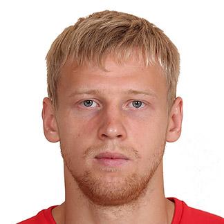 Максим Батов
