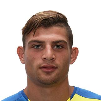 Николас Янну