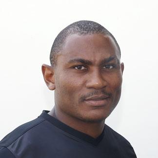 Леандре Тавамба