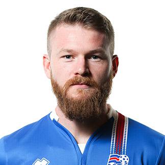 Арон Гуннарссон