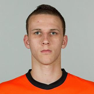 http://img.uefa.com/imgml/TP/players/23/2012/324x324/250042718.jpg