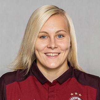 Каролина Крживска