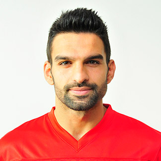 http://img.uefa.com/imgml/TP/players/3/2016/324x324/1909890.jpg