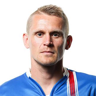 http://img.uefa.com/imgml/TP/players/3/2016/324x324/73335.jpg